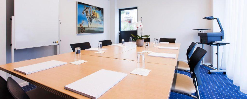 Hotel-Amaris-Dali meeting room